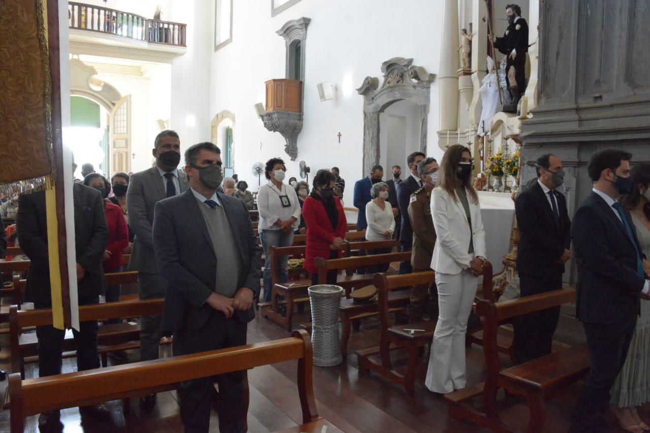 Medalha_Raquel Gério e missa